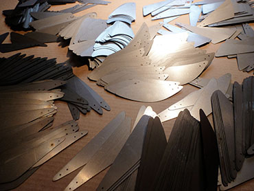 600-laser-cut-sheet-metal-pieces-for-mobiles
