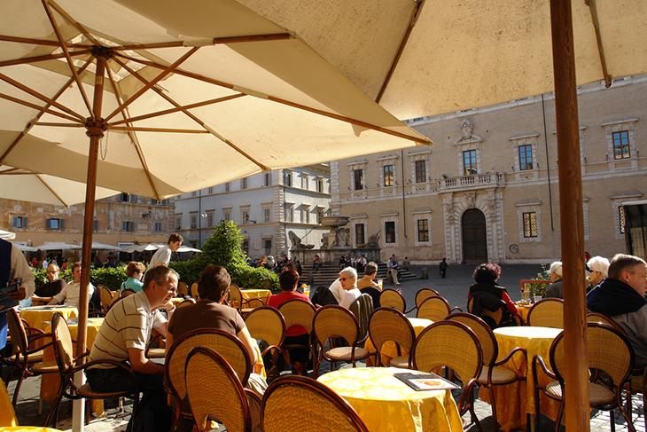 Roman Cafe' - New Urbanism
