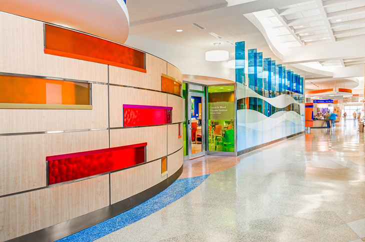 Angela_Mazzi_CBDI Clinic Entrance