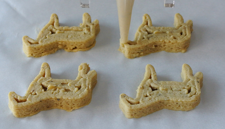 Foodini - 3D Printed Food - NM nuggets printer