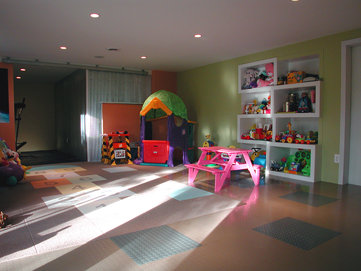 Joshua_Lloyd_PlayRoom04