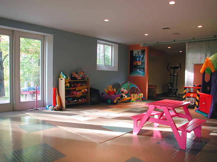 Joshua_Lloyd_PlayRoom06