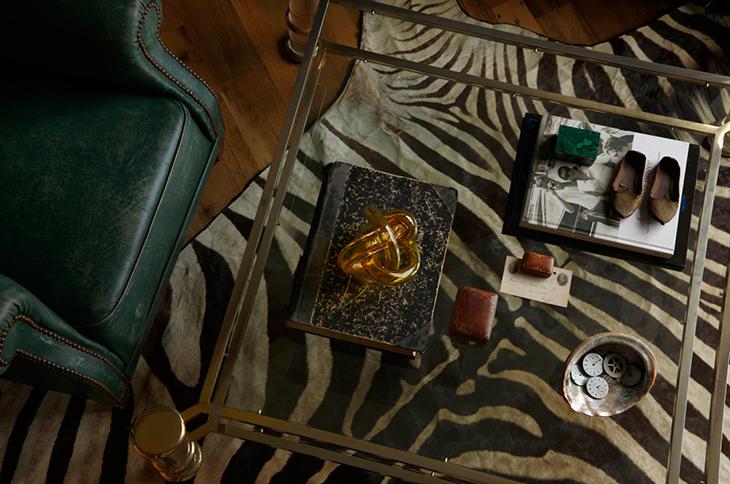 Ashli Mizell-Small Living Room Coffee Table Detail_0580 FINAL Credit Jason Varney
